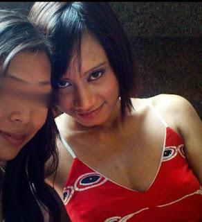 Malay women   Pramugari Air Asia melayu bogel.com