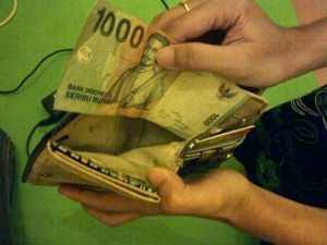 20 Tips Menghemat Uang Ala Mahasiswa