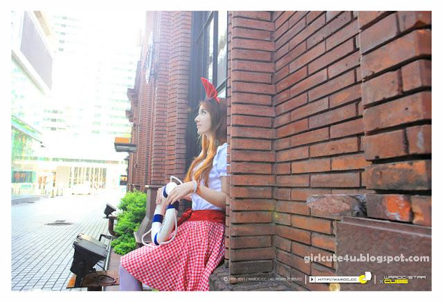 Alice-Walk-in-City-05-very cute asian girl-girlcute4u.blogspot.com
