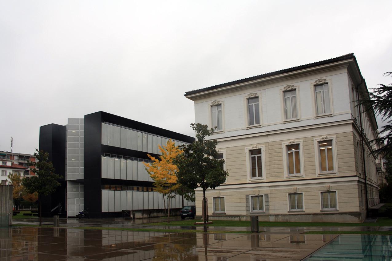Dov 39 l 39 architettura italiana campus usi lugano for Architettura italiana