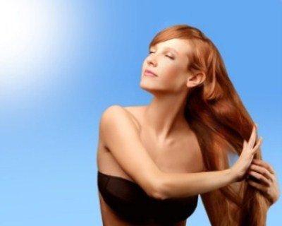 proteggere i capelli dal sole, oli vegetali, cura dei capelli in estate