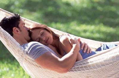 كيف تجعل حبيبتك تحبك  - حب ورومانسية - سرير شجرة - الغرام والعشق - الحب