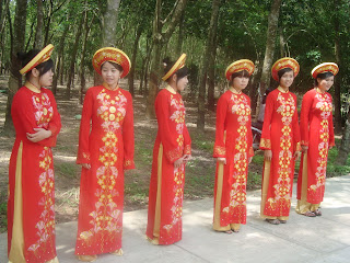 Girl in Vietnam dress Ao Dai