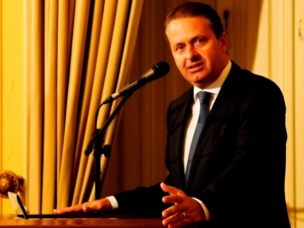 Eduardo Campos visita Campina Grande durante jantar empresarial promovido pela ACCG