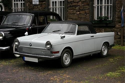 700 CABRIOLET - 1961