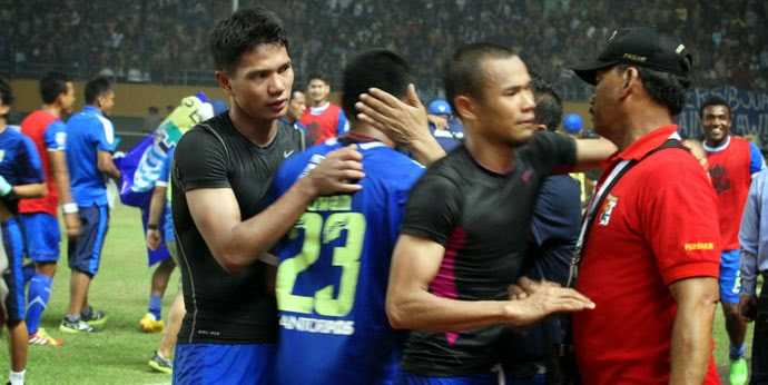 """Maung Bandung Tantang Persipura di Final"""