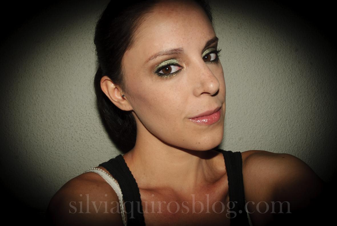 http://4.bp.blogspot.com/-lue5YVJKXEY/UFFBNYuwVnI/AAAAAAAARiY/Rq1KE726F-Q/s1600/scarlett+johansson+verde1.jpg