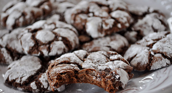 chocolate-crinkles.jpg