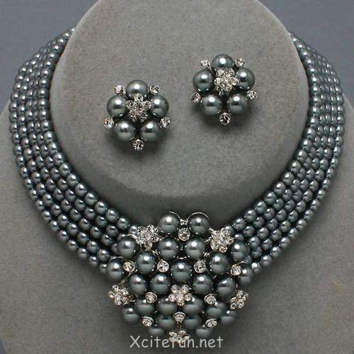 Pearl Jewelry Sets For Beautiful Lady