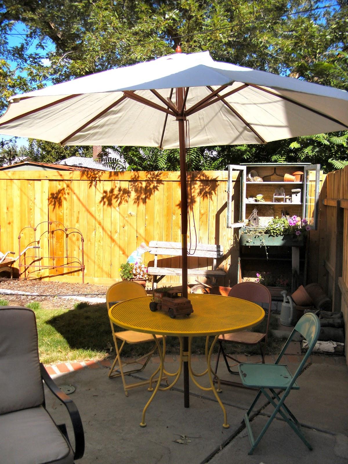 craigslist patio table makeover little vintage cottage