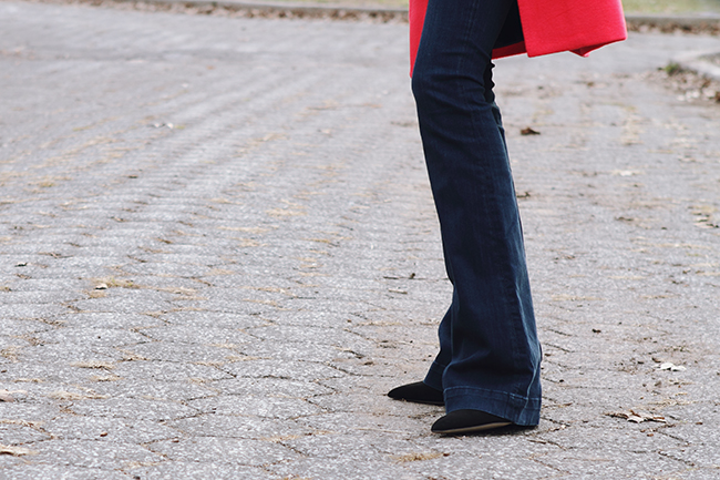 """""""Red, Stripes, Flares and Other All-Time Favorites"""" Outfit Post on """"The Wind of Inspiration"""" Blog #twoi #twoistyle #style #fashion #personalstyle #fashionblog #fashionblogger #ootd #outfit #coats #flarejeans #red #stripes"""