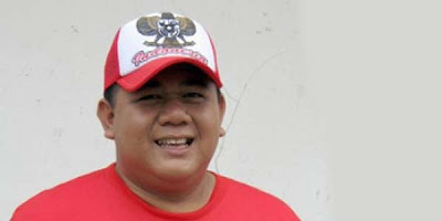 Profil Singkat Ade Namnung
