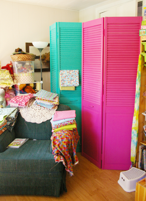 Beneath the rowan tree creative fabric storage make for How to make your own room divider