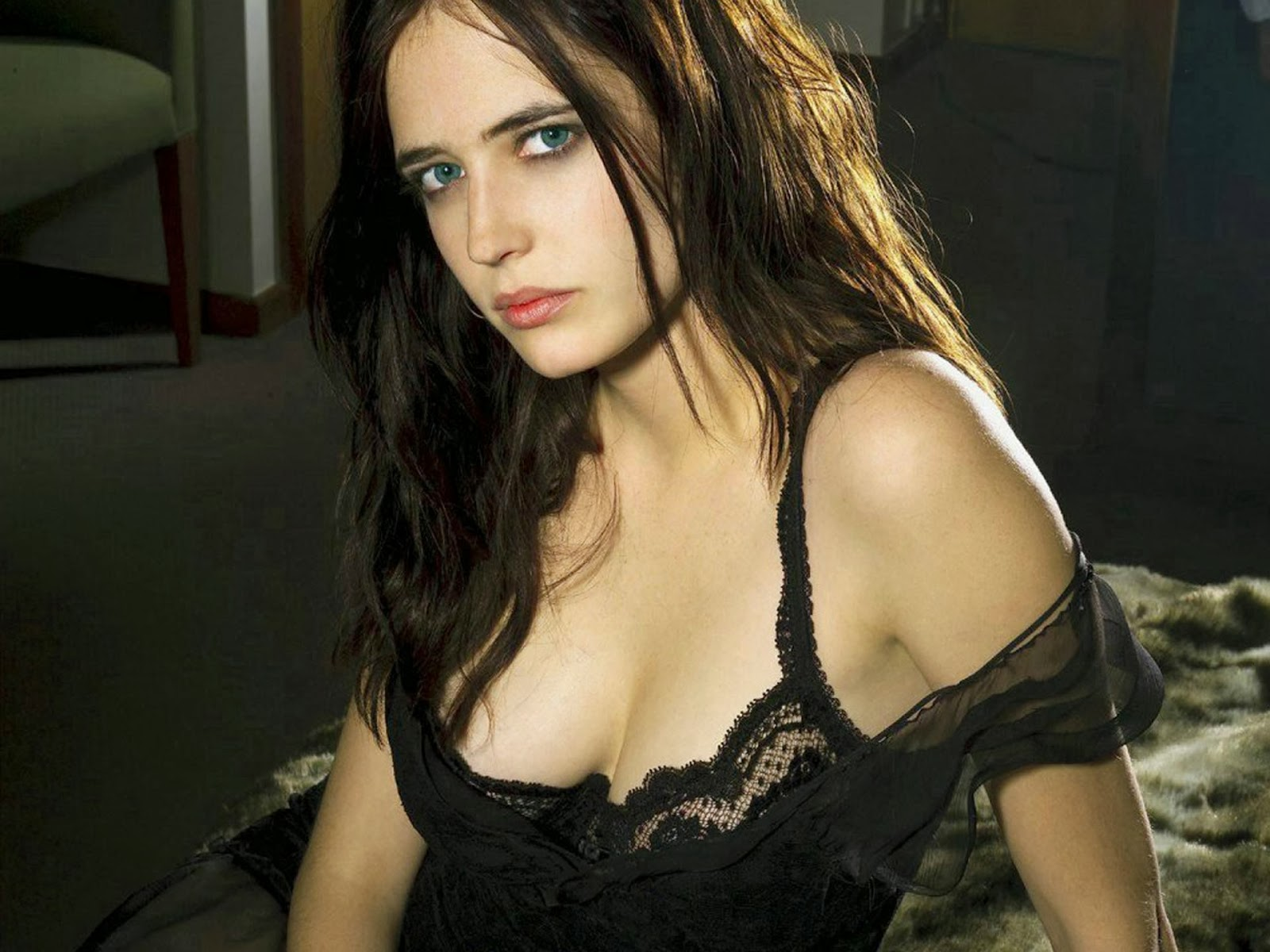 Eva Green HD Wallpapers Free Download