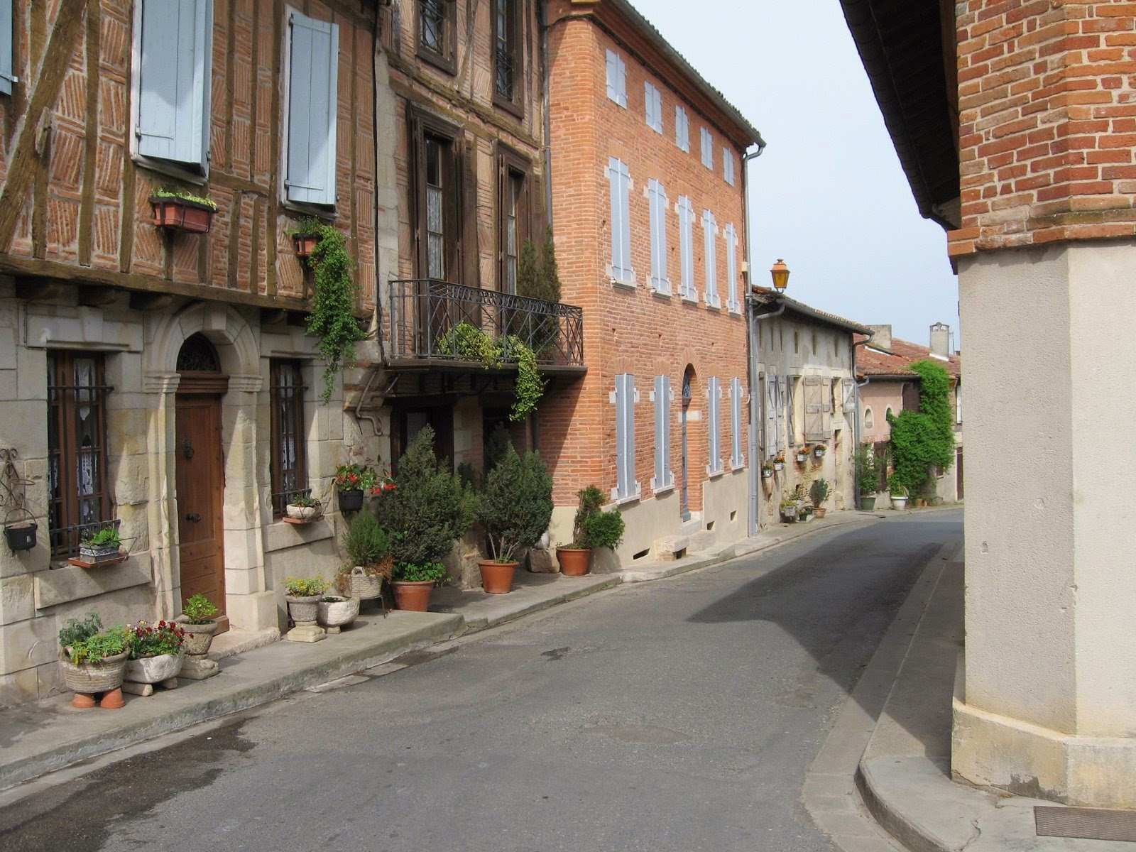 Loubens-Lauragais village