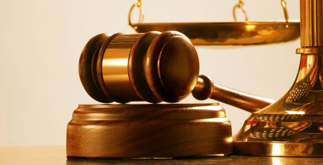 Derecho de peticion y Derecho Constitucional