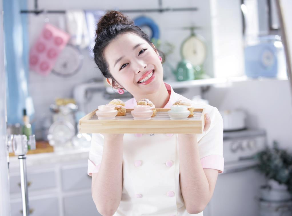fx+sulli+etude+house More of f(x) Krystal and Sullis promotional pictures for Etude House