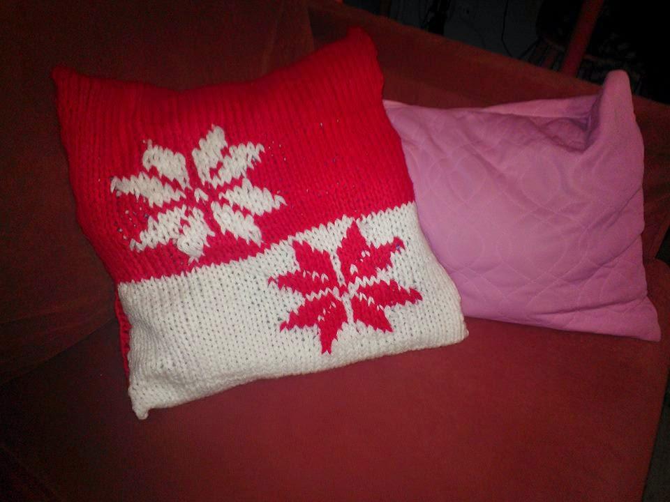 lumihiutale, tyynynpäällinen, akryylilanka, uttacryl