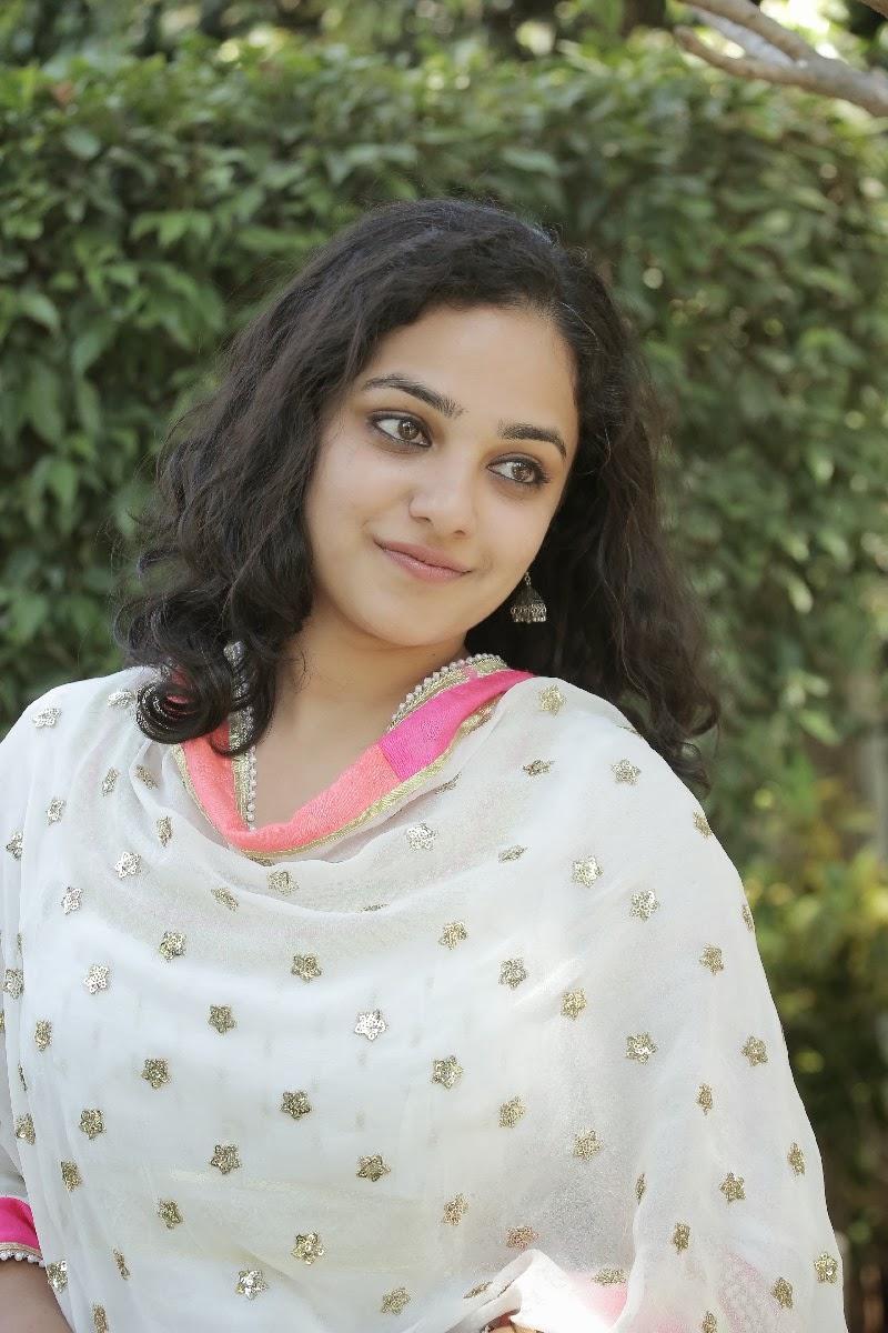 Bollywood Celebrity in Violet Color Designer Netted Salwar ...