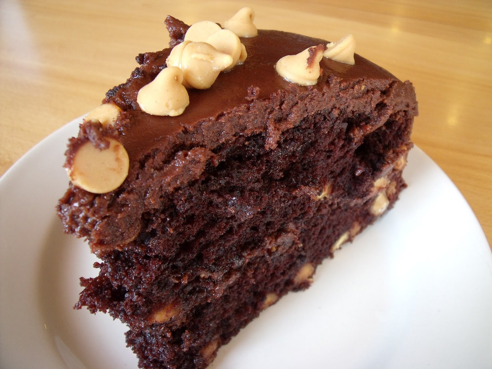 Harvest Moon Cafe: Gluten Free Chocolate Peanut Butter Cake