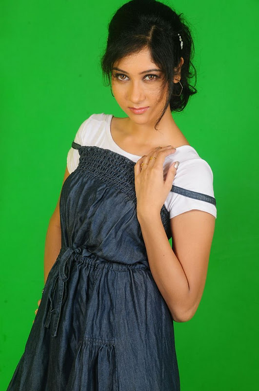 labels actress gallery cute latest stills s sindhu affan tollywood ...