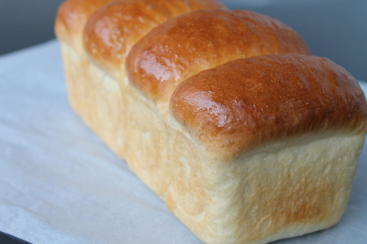 Squishy White Bread Recipe : Wandering Bread: Wonderbread is Dead. Long Live Wonderbread: Three Hour, No Knead, White Bread
