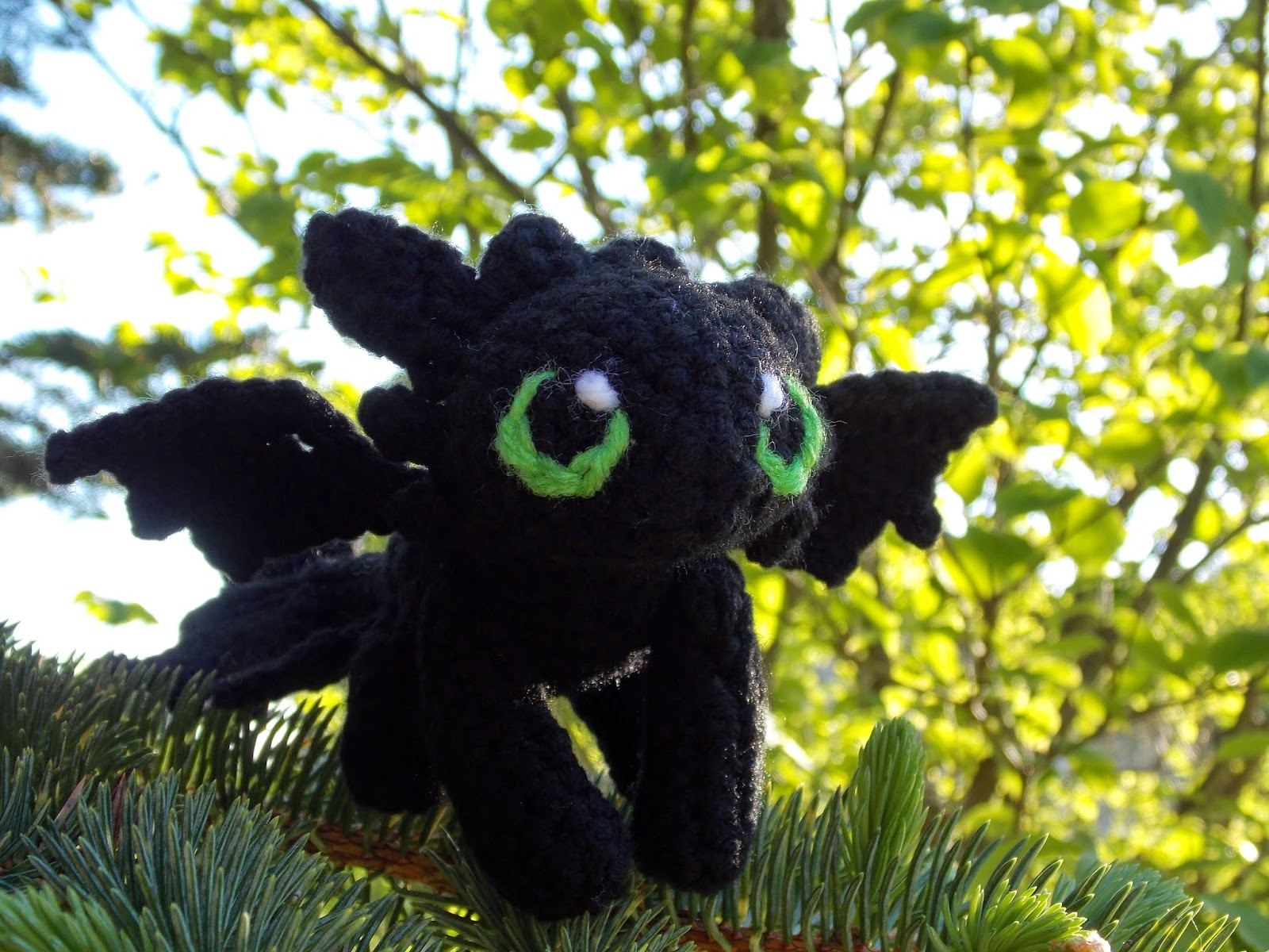 Toothless Dragon Amigurumi Pattern : Great grey crochet baby toothless