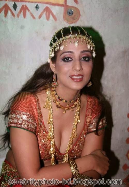 Bollywood Actresses Wardrobe Malfunction Photos 2014