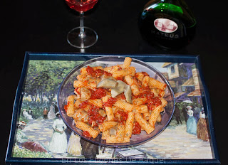 http://enlosfogonesderaquel.blogspot.com.es/2014/01/tortiglonis-con-salsa-de-tomate-y.html