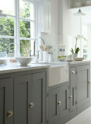 Gray and White Farmhouse Kitchen to Love  Content in a Cottage