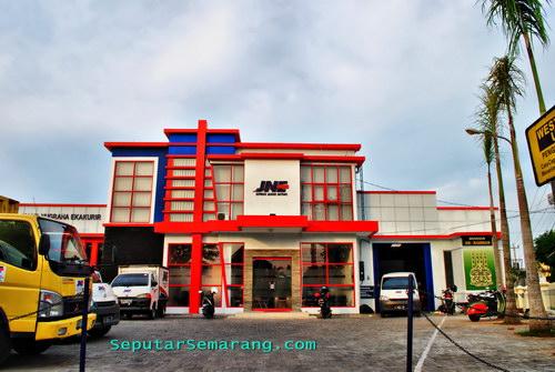 Foto JNE Semarang Kyai Saleh