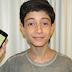 Brasileiro de 13 anos cria app com milhões de expressões matemáticas