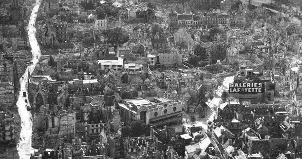 Historical photos ww2 destruction caen saint l france for How many homes were destroyed in germany in ww2
