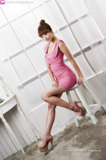 2 Minah in Pink Mini Dress-very cute asian girl-girlcute4u.blogspot.com