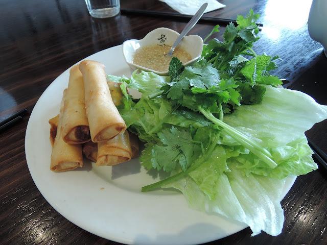 Tien Dat, Vietnamese, Box Hill, spring rolls