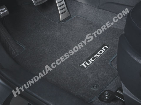 http://www.hyundaiaccessorystore.com/2010_tucson_carpeted_mats.html
