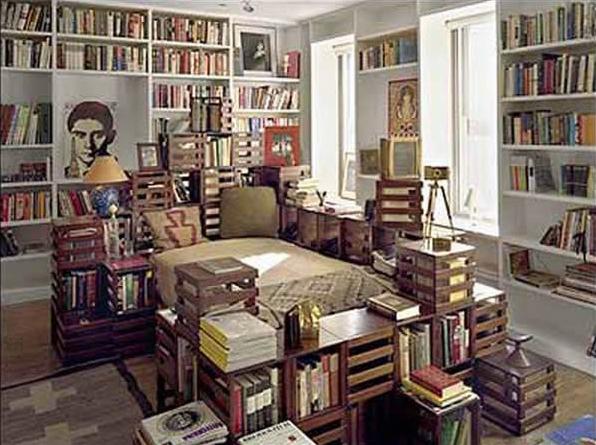 Tempat Tidur & Rak Buku