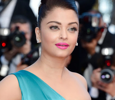 gorgeous diva Aishwarya rai latest photos at cannes 2013