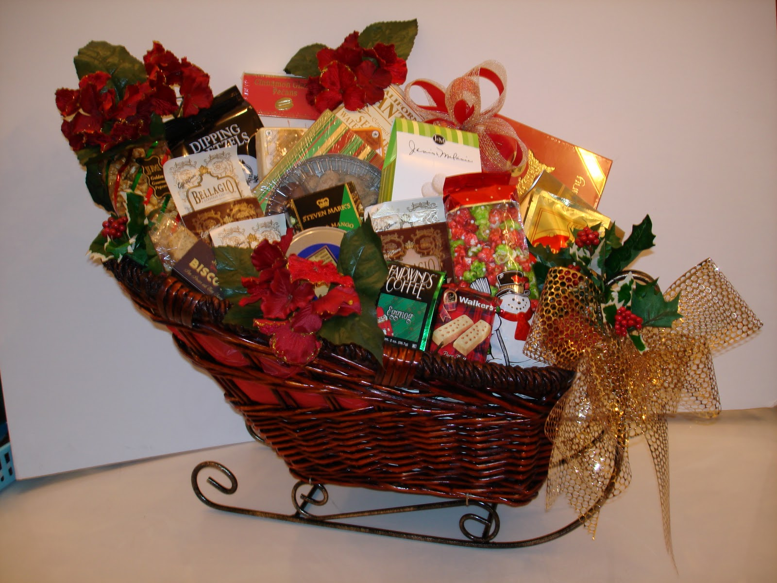 Faith in action christmas basket make take for Homemade christmas gift baskets for couples