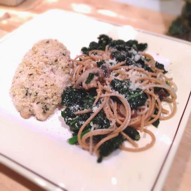 Healthy kale pasta with olive oil