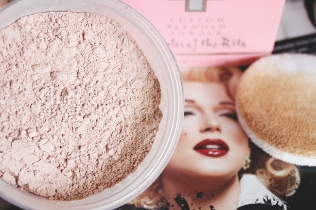 Charles of the Ritz: Custom Blended Powder (Pink Sand).Luxurious saten matte dewy loose powder.Hollywood glam makeup.Luksuzna sminka puderi u prahu.