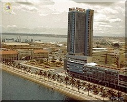 ALFÂNDEGA DO PORTO, LARGO DIOGO CÂO E HOTEL PRESIDENTE ANO 1967
