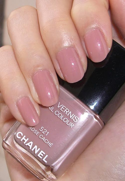 blushed wombat. chanel le vernis