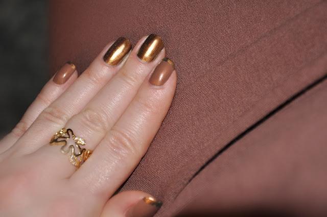 шоколадно-золотой маникюр