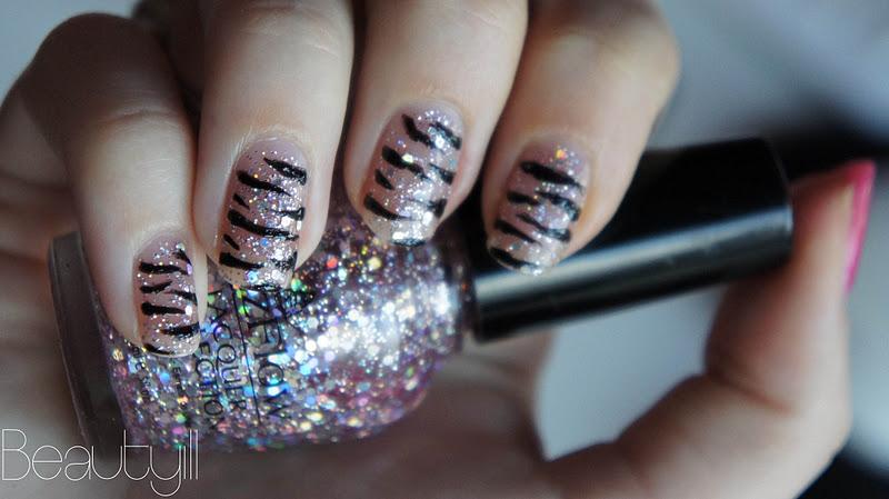 Zebra Glitter Nailart Beautyill