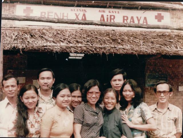 Ngày 30-4-1975, Hoa Kỳ chạy khỏi VNCH Air+Raya