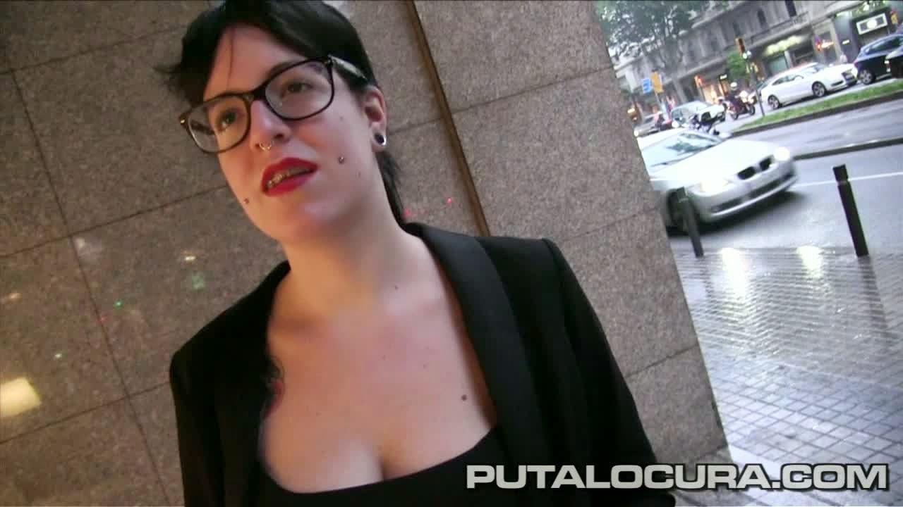 "Pilladas Silvia Pink ""¡Sexo con una catalana alternativa!"" Putalocura"