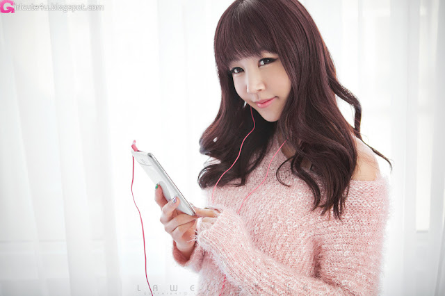 1 Hong Ji Yeon in Pink-Very cute asian girl - girlcute4u.blogspot.com