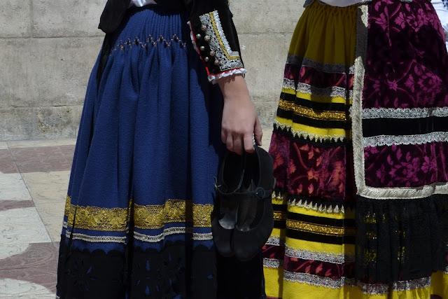 detalle zapatos traje burgales - ofrenda floral santa maría la mayor - burgos - san pedro 2013