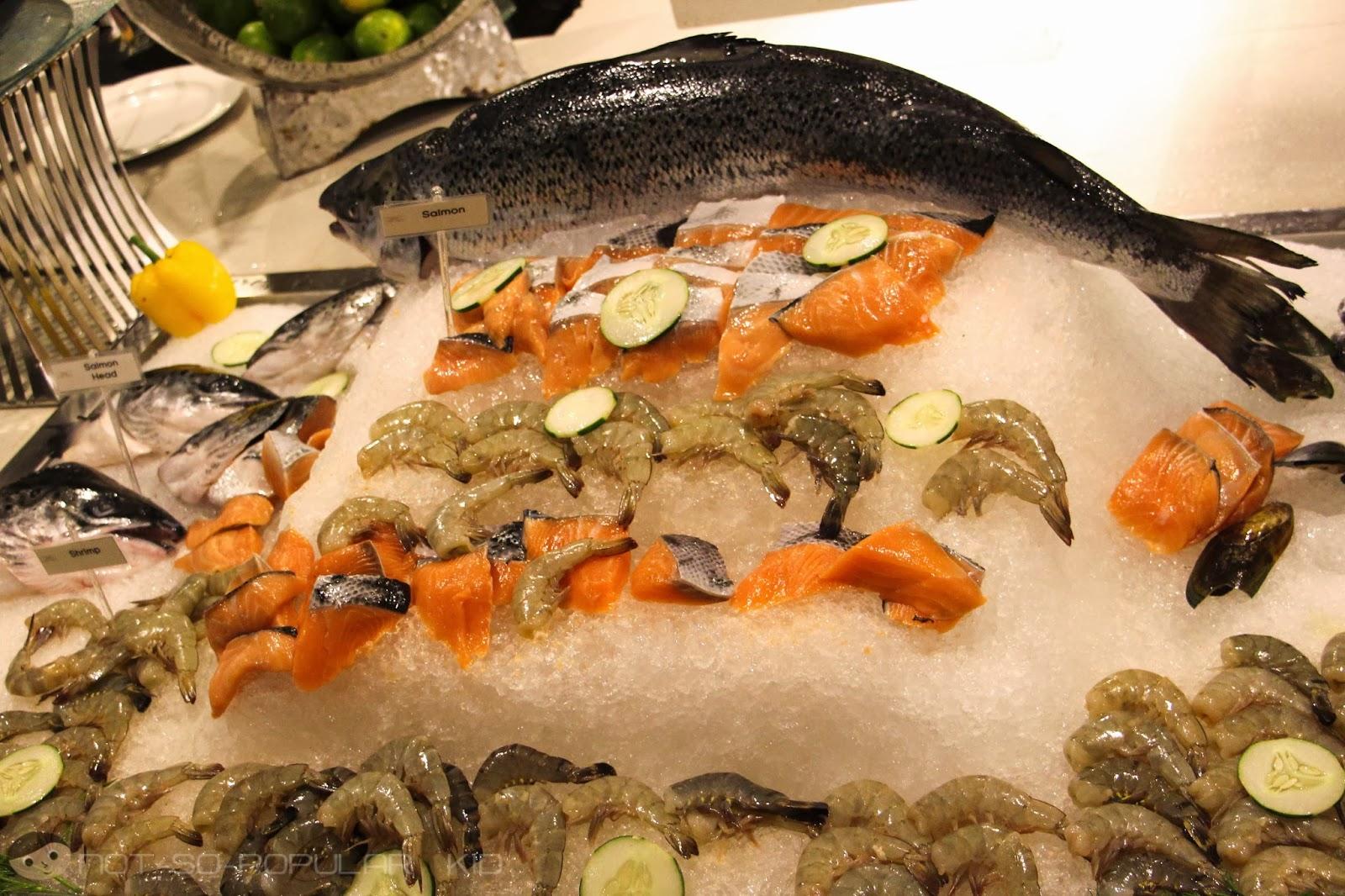 Fresh Seafood Bar of Midas Cafe - Dinner Buffet